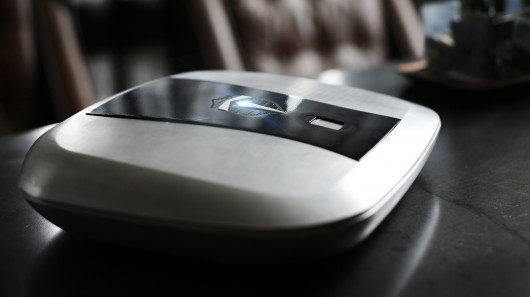 fingerprint lock box for gunsFingerprint sensors and GPS tracking keep your firearms safe QxoPHtlv