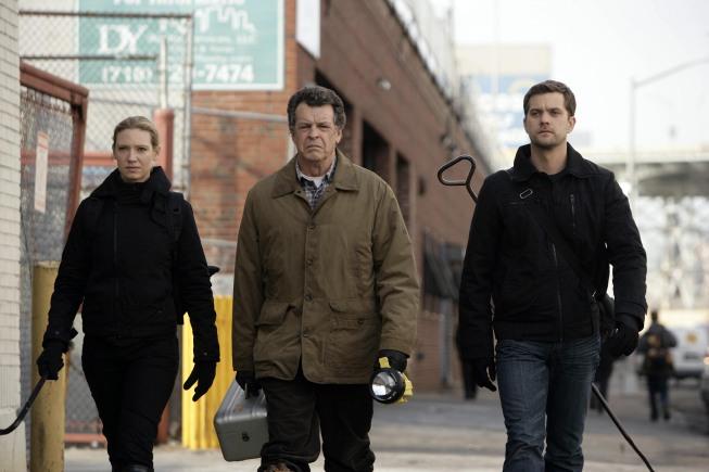 fox fringe tv show cancelThe Reel Scoop  Popular Fox Series Fringe in Danger of OVN63kFX