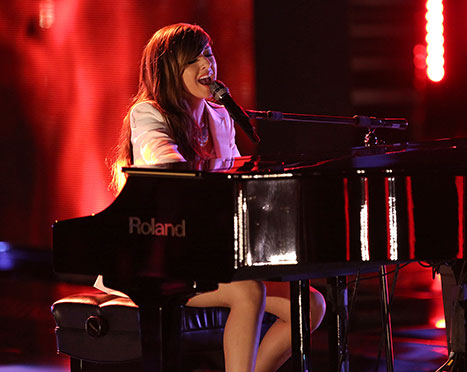 youtube christina grimmie drakeThe Voice  Christina Grimmie Sings Drakes Hold On Were Going 5XaZX7O9
