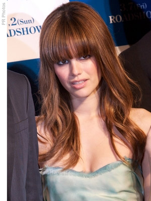 fringe bangs with long hairLong Hair With Bangs  12 Trendy Ideas For Long Hair With Bangs ZMbWZPdo